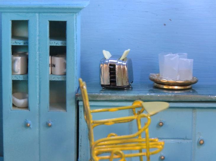 4. kitchen toaster